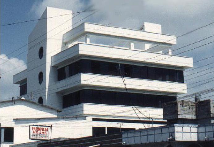 edificio-demetrio-aguilera-malta-vna-1